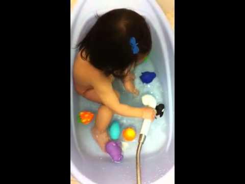 อาบน้ำกันค่ะ