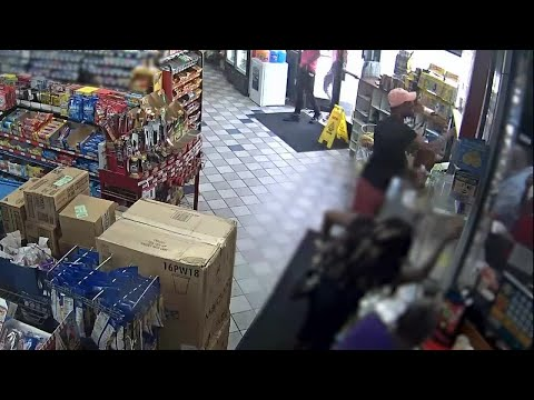 Man Assaults Detroit gas station clerk after being asked to wear mask