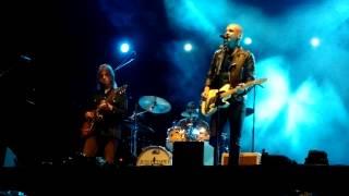 Juha Tapio - Kaksi vanhaa puuta - Laukaan Satama Festival 16.8.2014 Live (HD)