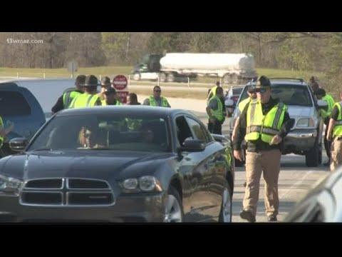 VERIFY: Are police roadblocks legal?