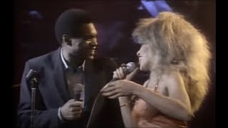 Tina Turner W/ Robert Cray - 634 - 5789 (Live In The U K)