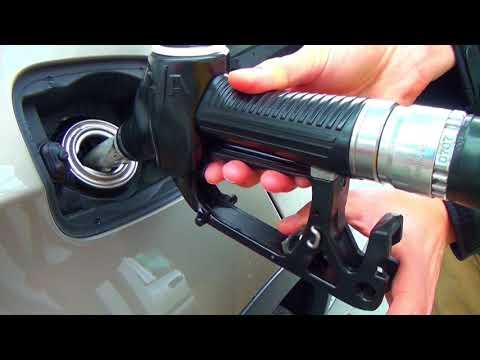 Die Transportsteuer in den Wert das Benzin