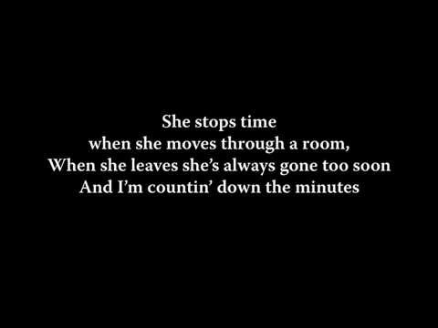 Chris Young - She's Got This Thing About Her Lyrics