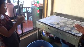 preview picture of video 'Solola, Guatemala - Making tortillas'