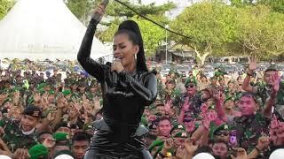 LAGI SYANTIK - LIA CALLIA - PANGGUNG PRAJURIT TNI - POLRI