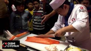 โชว์แล่ปลาแซลมอนขั้นเทพ ไซส์บิ๊กบึ้ม [Salmon fillet] - dooclip.me