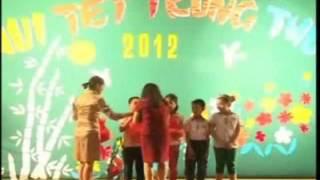 preview picture of video 'ĐÊM TẾT TRUNG THU CỦA TRƯỜNG TIỂU HỌC HOÀNG VĂN THỤ - LẠNG SƠN'