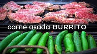 Burritos de carne asada con frijoles, guacamole y queso. La carne que utilicé se le conoce como tri tip, pero se puede utilizar básicamente cualquiera para asar.  Tri tip ahumado: https://youtu.be/MScXdA9EmxI  ————————————————————————————— Contacto directo: oscarmeza.ro@gmail.com  Instagram: https://www.instagram.com/oscarmezar Twitter: https://twitter.com/oscarmezar Facebook: https://www.facebook.com/lacapitalcocina —————————————————————————————  *Yo le puse:  -Sal -Aguacate -Tomate -Cebolla -Limón -Pimienta negra -Ajo -Frijoles -Chile de árbol -Chile chipotle -Vinagre blanco -Cilantro -Queso  Equipo: Mi ahumador: https://amzn.to/2xTmOt2 Mi asador: https://amzn.to/2Oqsf89 Mi tabla: http://amzn.to/2gziCoV  Mi estufa: http://amzn.to/2ENnpBX  Cuchillo 1: https://amzn.to/2rz1iqr  Cuchillo 2: https://amzn.to/2Qvkzre Cuchillo 3: https://amzn.to/2AmeCp1 Cuchillo 4: https://amzn.to/2PDd38u Mi cámara: https://amzn.to/2PGozkq Guantes negros: http://amzn.to/2gZnqVC Iniciador de fuego/carbón: https://amzn.to/2JJXVV6