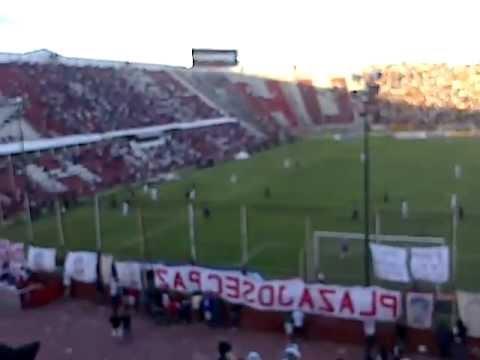 """Juegue donde juegues voy a ir ? ? // Huracán vs Central"" Barra: La Banda de la Quema • Club: Huracán"