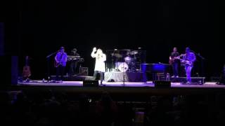 "Jo Dee Messina Sings ""Break Every Chain"""