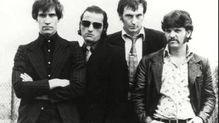 Dr Feelgood - I'm A Man (Live)