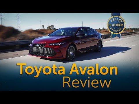 External Review Video qqGXBBdlMRI for Toyota Avalon Sedan (5th gen XX50)