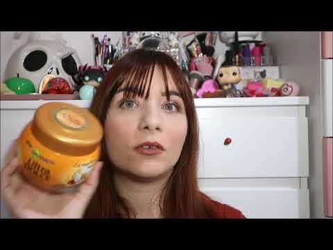 Vantaggio di olio di ricino per risposte di capelli
