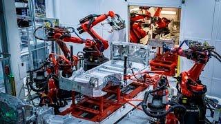 Te llevamos de paseo por la enorme fábrica Tesla Fremont [video]