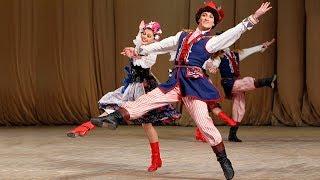 """Польский танец """"Краковяк"""". ГААНТ имени Игоря Моисеева."""