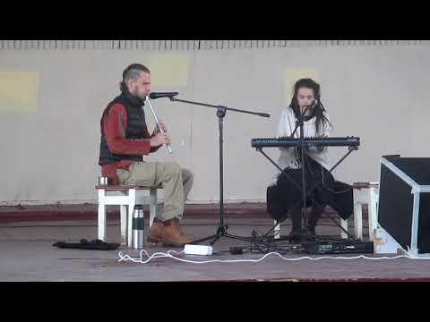 Paf83 - Антон Панькин играет на Флейте г Омск Зеленый остров 17 мая 2015г