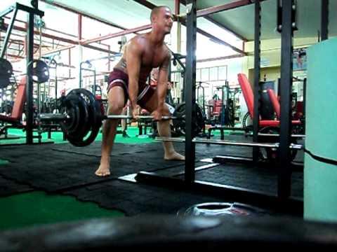 Eserciti osteochondrosis per rafforzarsi di muscoli di un dorso