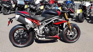 Triumph Speed Triple R Dark