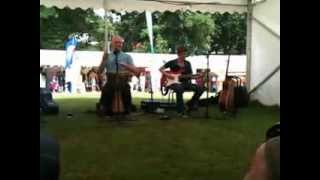 Cover   John Ramm and Danny Sergiou perform James Taylor's Everybody has the blues