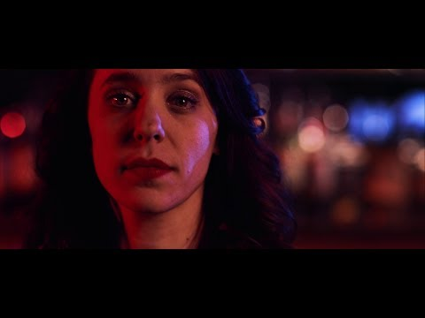 Danielle Nicole - Cry No More (Official Music Video) online metal music video by DANIELLE NICOLE (DANIELLE NICOLE SCHNEBELEN)