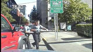 Gambar cover Seattle Police, help the officer call, collision at 3:54