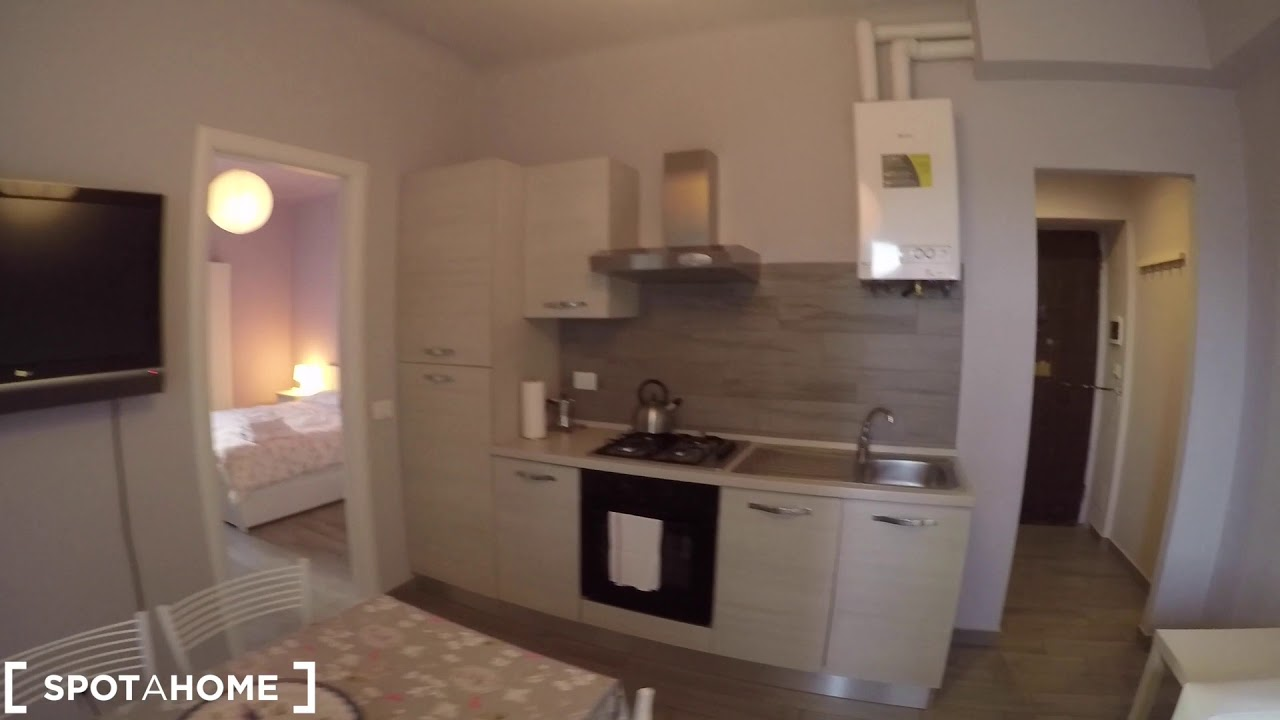 Rooms for rent in renovated 2-bedroom apartment in Dergano
