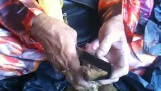 preview picture of video 'Betel Nut Preparation by Borneo Tribals'