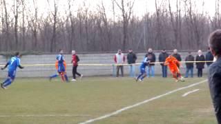 preview picture of video 'ASV Nickelsdorf gegen ASV Neufeld 2:5 (2:2) - Foul an Baumgartner Marco'
