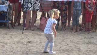 Дети))Малявка танцует)) Танцы со звездами)) Приколы с детьми))