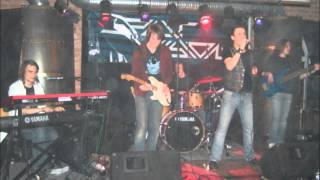 Split Vision - Julia (don't cry)