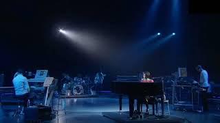 Gambar cover 宇多田光 Utada Hikaru - First Love. WildLife Live 2010. YokoHama Arena.