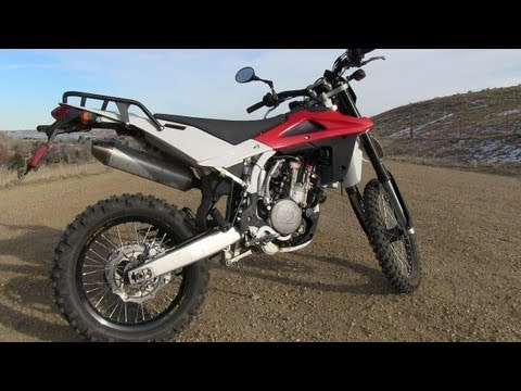 2009 Husqvarna TE-450 0-60 MPH Mile High Ride and Review