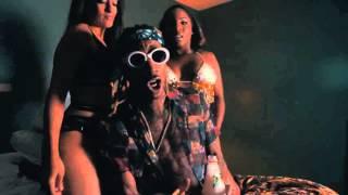 Wiz Khalifa - No Social Media (Official Video) Ft Snoop Dogg