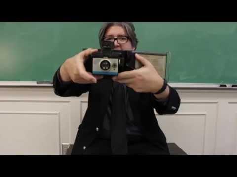 loading film into a polaroid back - смотреть онлайн на Hah Life