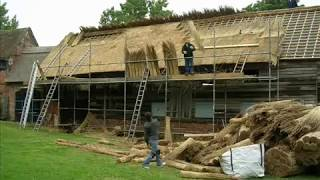 Thatch Roof Construction - Commonwealth Roofing training