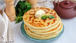 Лепёшки с сыром и зеленью на сковороде — видео рецепт