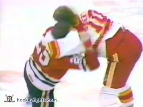 Gary Roberts vs. Bob McGill