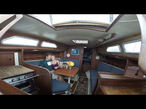 LIVEABOARD BOAT TOUR – Ericson Sailboat FOR SALE