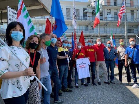 Alla Whirlpool di Cassinetta una delegazione di lavoratori napoletani