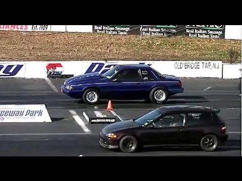 american muscle cars vs import tuner cars drag racing sport intensity. Black Bedroom Furniture Sets. Home Design Ideas