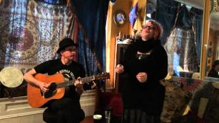 """Nathaniel Johnstone and Dogwood perform """"Little Star"""" David Bowie tribute"""