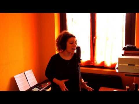 Chiara Leone cantante Cantante per i tuoi eventi Cernusco sul Naviglio musiqua.it