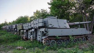 Брошенная военная техника в лесу