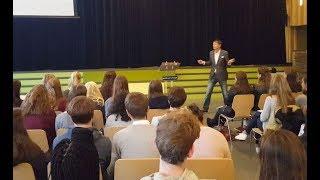 Masterclass voor 100 5 VWO leerlingen in Den Haag.