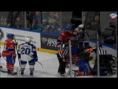 Philippe Paradis vs. John Scott