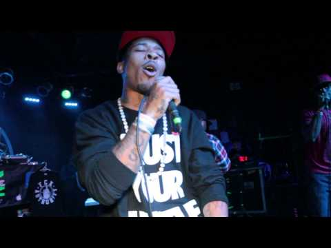 e40 show spydatheboss performing Banger/yeaboy (subscribe, like, leave comment,share)