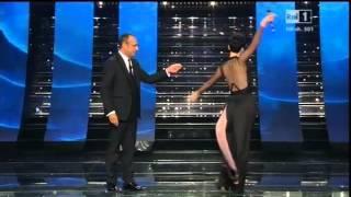 Sanremo 2015   L'ingresso Di Arisa   Seconda Serata 11022015