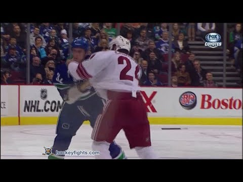 Dale Weise vs. Kyle Chipchura