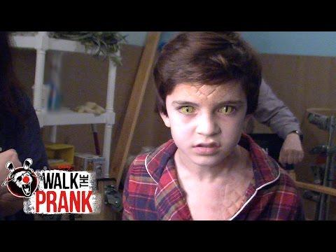 Lizard | Walk the Prank | Disney XD