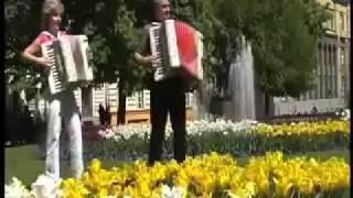 Harmonika Duo Josef a Renata Pospíšilovi - Tulips from Amsterdam waltz